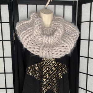 Cable Knitted Cowl Infinity Scarf Grey